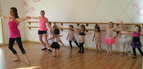 "<img scr3-4-year old ballet class.jpg"" alt=""3-4 year old ballet class, Kansas City, Catherine's Dance Studio"">"
