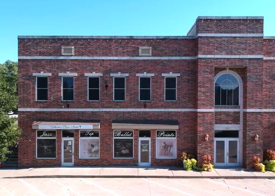 Building, Catherine's Dance Studio, Parkville, MO